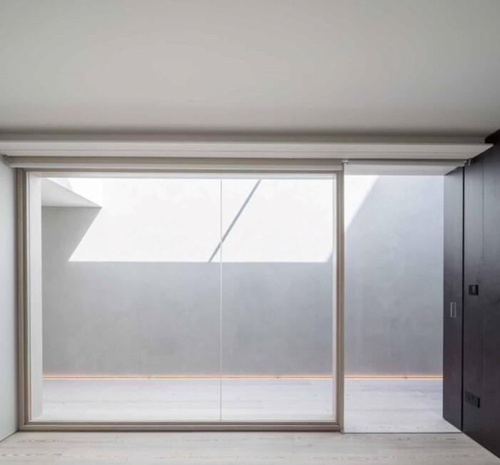 Light-house-Sophie-Bates-Architects-extension-London-076