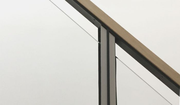 Sophie Bates Architects Teddington house extension handrail detail.jpg